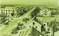 Пересечение улиц Ленина и Сахалинской. Конец 1950-х годов.