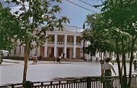 Гостиница Дальневосточник на улице Ленина в г. Южно-Сахалиснке