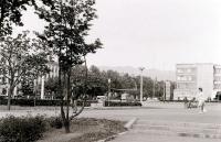 Площадь перед кинотеатром