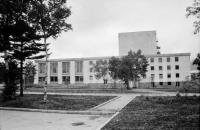 Вид с западной стороны на драматический театр им. А.П. Чехова