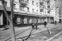 Улица Ленина. Магазин