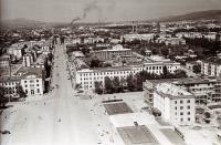 Панорама центрального района г. Южно-Сахалинска. Серия фотографий. Горисполком с высоты птичьего полёта