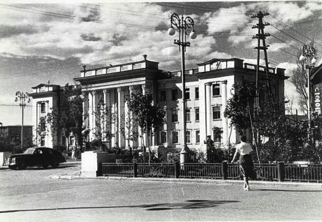 Здание Главсахалинрыбпрома.