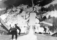 С середины 70-х годов на «Горном Воздухе» проводились розыгрыши кубка СССР и Всесоюзные соревнования по прыжкам на лыжах с трамплина с участием сильнейших лыжников страны.