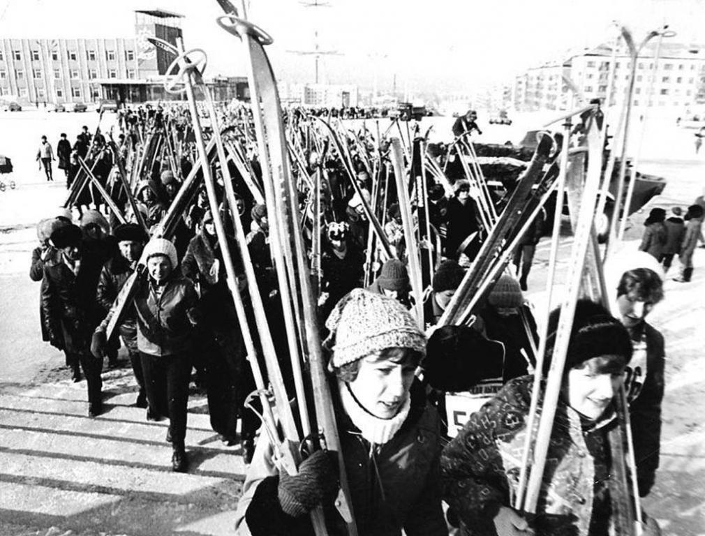 Участники массовых соревнований Сахалинская лыжня. г.Южно-Сахалинск