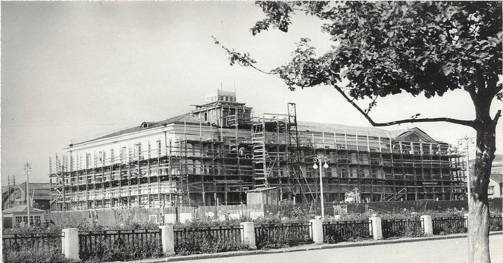 Строительство привокзальной гостиницы