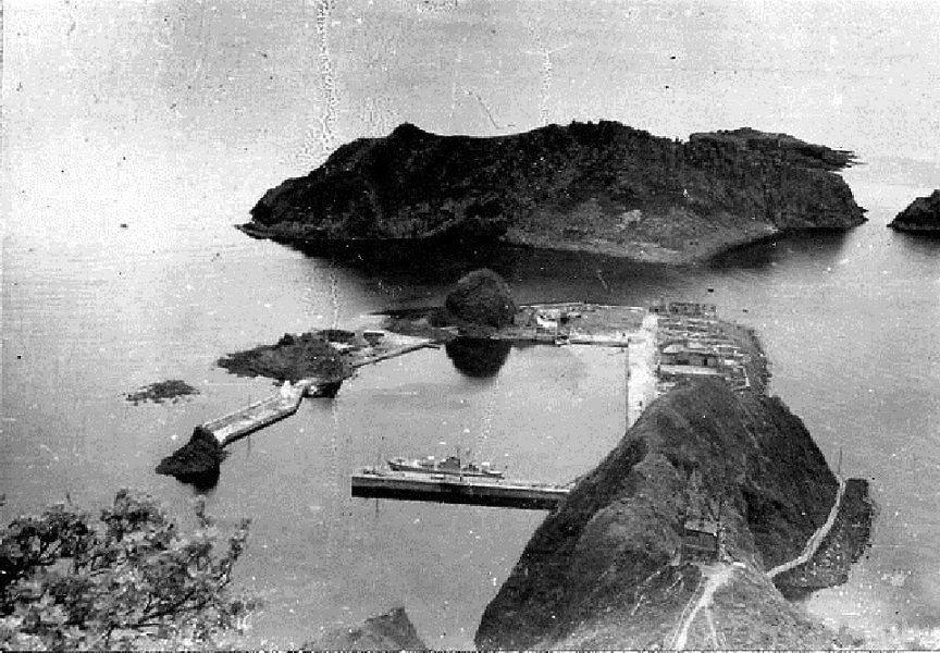 Порт на острове Монерон