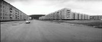 Слева 9 микрорайон, справа 12 микрорайон. Улица Пуркаева.