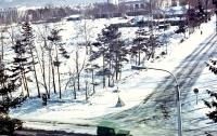 Вид от перекрестка Дзержинского-Хабаровской. Слева вверху Дом политпросвещения, правее Чехов-Центр, ближе к  Дзержинского кафе
