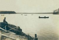 Вид на Медвежье озеро со стороны лесозавода (ныне - водозабора)
