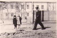 Улица Рыбная. За забором средняя школа №10 Улице вскоре дадут имя Антона Буюклы.