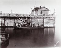 Вид парового морского катера Барон Корф у пристани поста Александросвка
