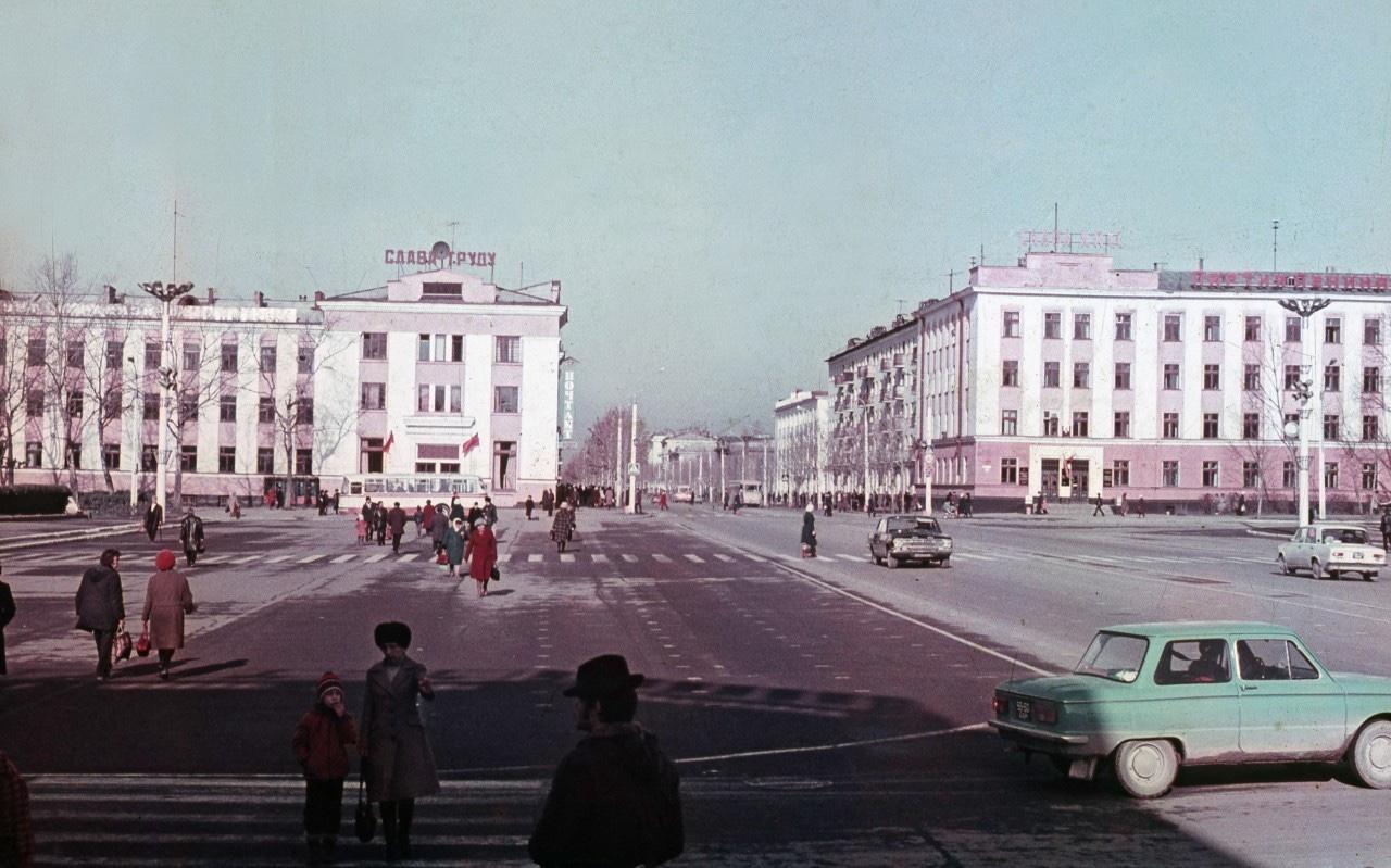 Площадь Ленина г. Южно-Сахалинска