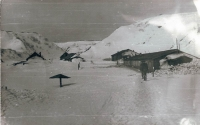 Поселок Онекотан зимой.