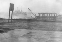 Летний шторм в порту п. Кратерный на острове Симушир.
