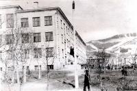 На территории школы №7 г. Южно-Сахалинск