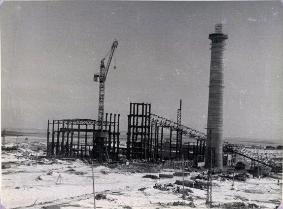 Строительство главного корпуса Сахалинской ГРЭС. Май.