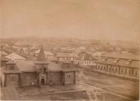 Больница тюрьмы поста Александровского. По диагонали уходит улица Александровская. Снимок из здания тюремной администрации.