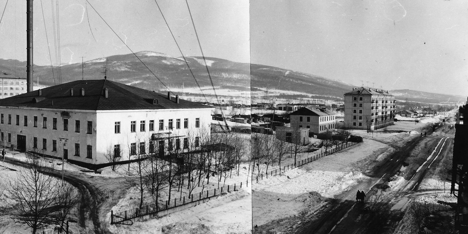Улица Комсомольская, дом радио и телевидения. г. Южно-Сахалинск