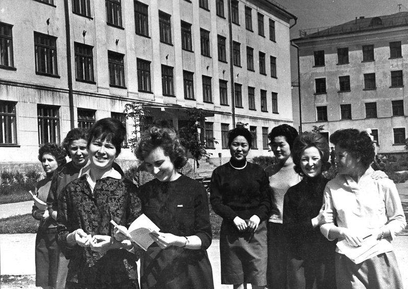 Студенты Южно-Сахалинского педагогического института