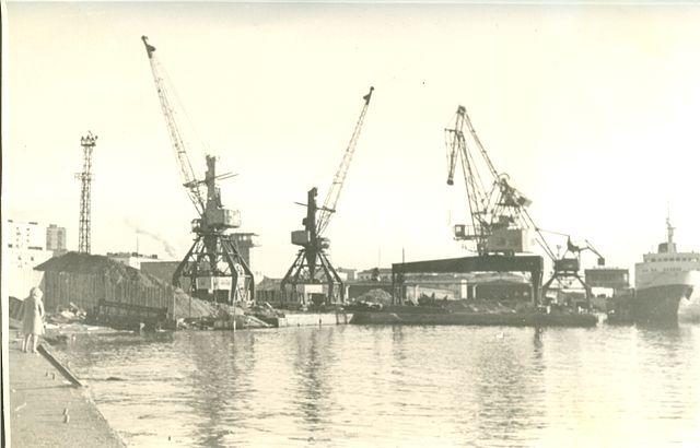 В порту города Холмск