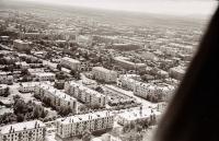 Панорама центрального района г. Южно-Сахалинска. Серия фотографий. Пересечение улиц Сахалинской и Чехова. Заложен фундамент дома №1 по улице Чехова