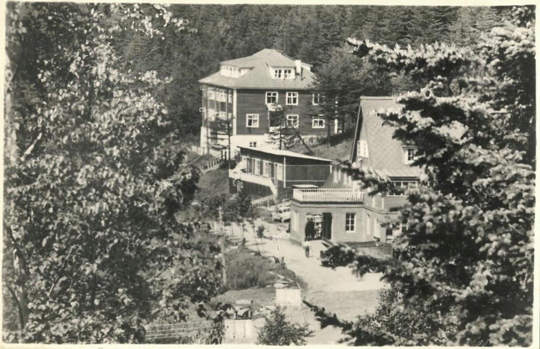 деталь образа фото старой гостиницы горный воздух южно сахалинск врач может принять