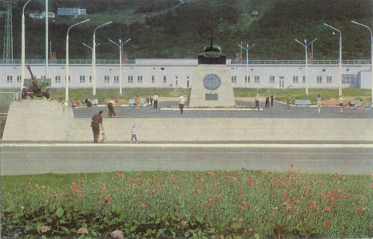 Площадь Победы в Южно-Сахалинске