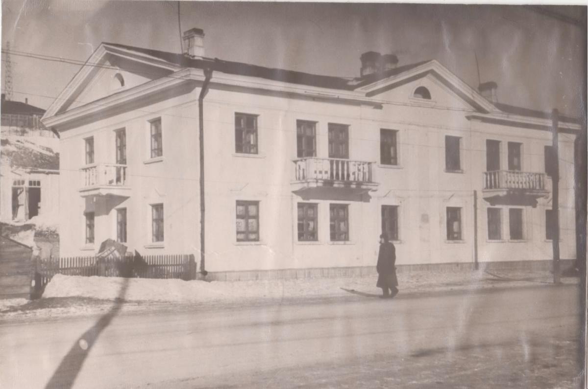 Двухэтажный дом в г. Корсаков