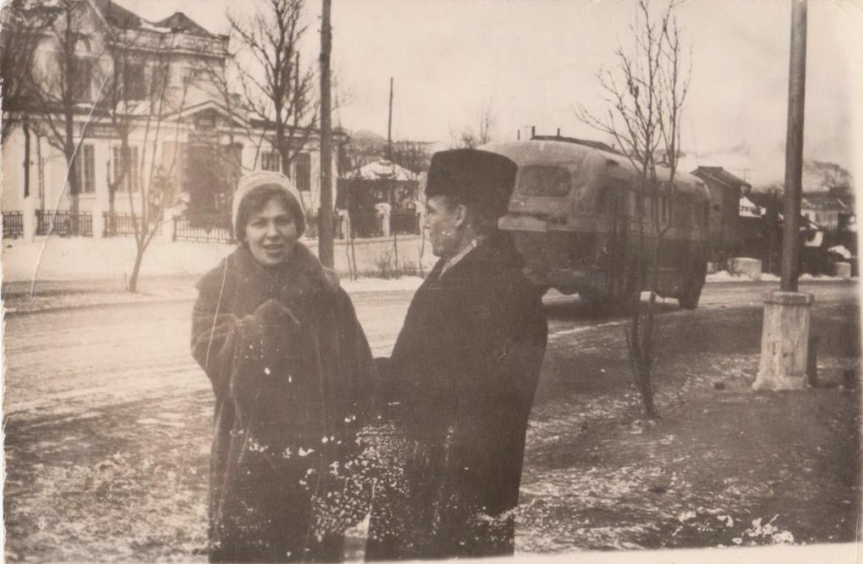 Улица Советская на заднем плане Дом пионеров и школьников