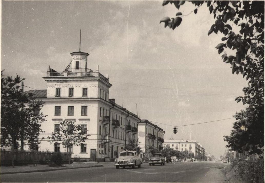 Улица Ленина. Южно-Сахалинск