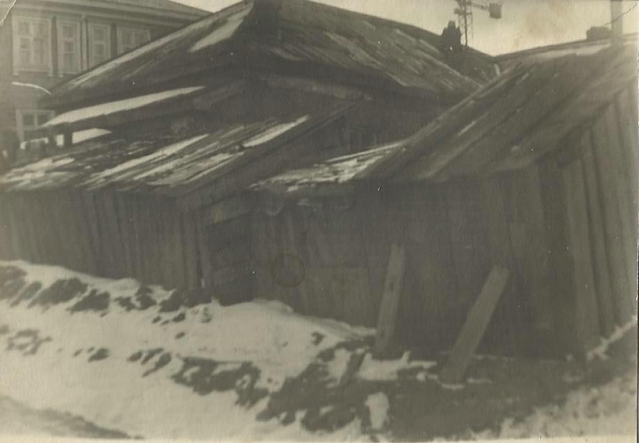 Аптекарский переулок 8. Рядом с домом КСД