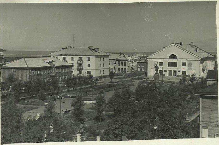 Площадь им. 15 Мая