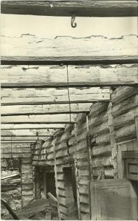 Старый магазин №1 (бывшее жандармское управление до революции) капитальный ремонт