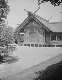 Серия снимков. 2 из 3. Храм Карафуто-дзинзя в Тоехаре