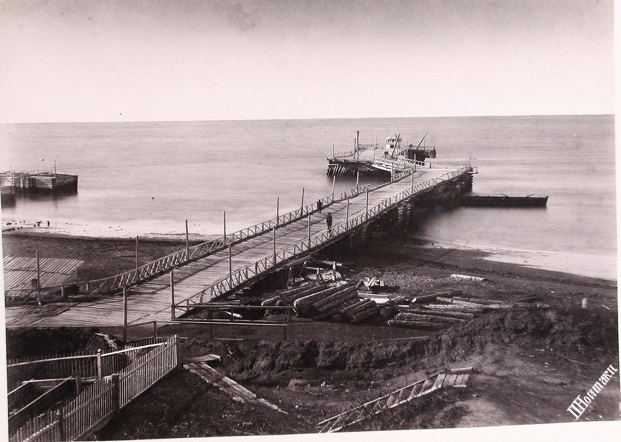 Вид морской пристани в районе поста Дуэ.