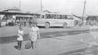 Район Северного железнодорожного вокзала. Раньше здесь располагался городской рынок, а прямо у его главного входа останавливались междугородные автобусы