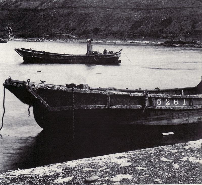 Японские десантные суда 14M Daihatsu, в гавани ВМБ Катаока